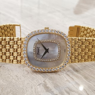 Piaget Ladies Vintage Watch - MOP